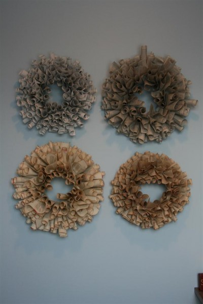 book page wreath four colors