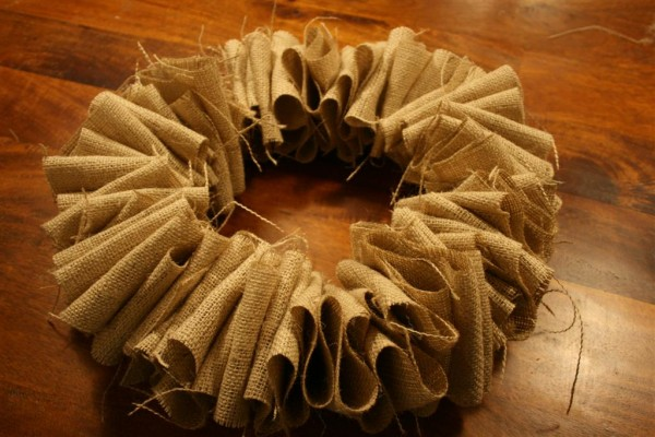 burlap wreath 2