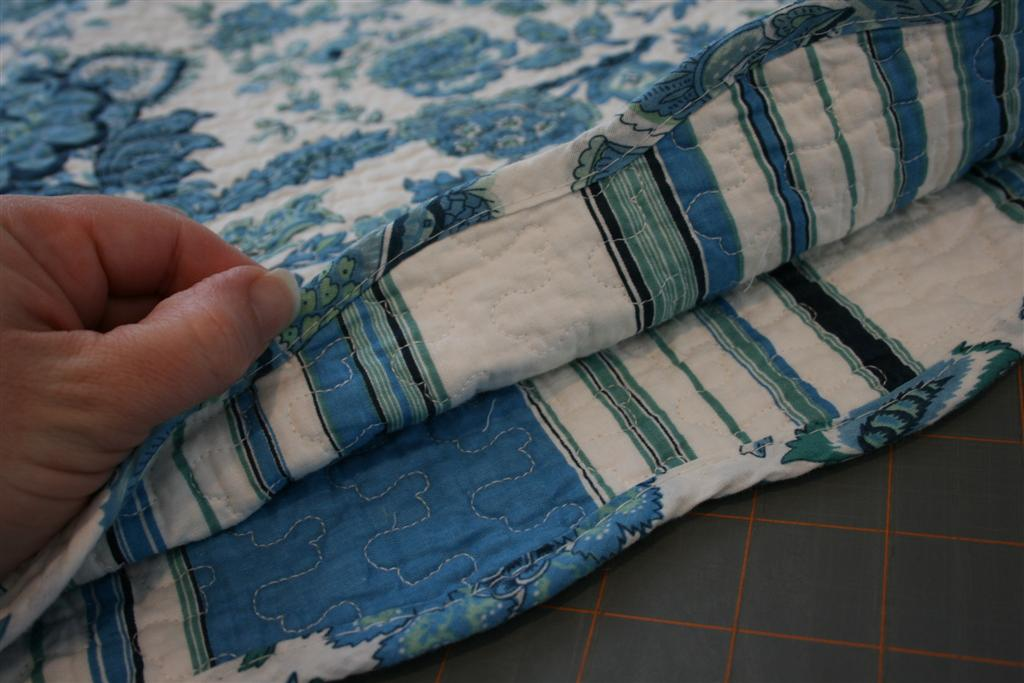 blue stripes on placemats