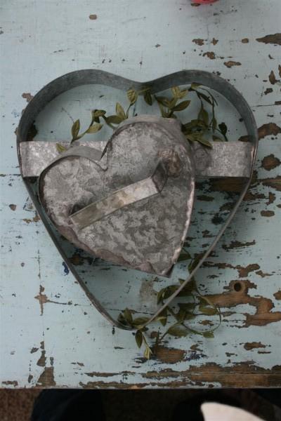 vintage metal hearts