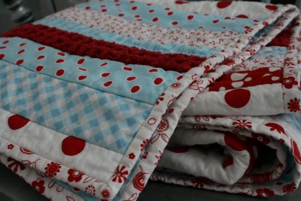 aqua dot strip quilt