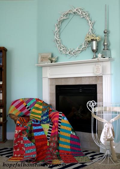 Color Stack quilt at hopefulhomemaker.com