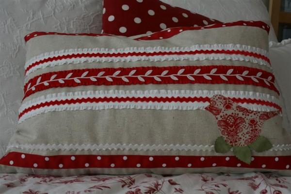 valentine ribbon pillow