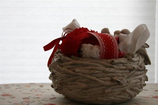 bird nest full of ribbon