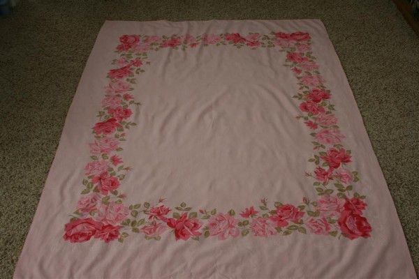 vintage pink roses tablecloth 2