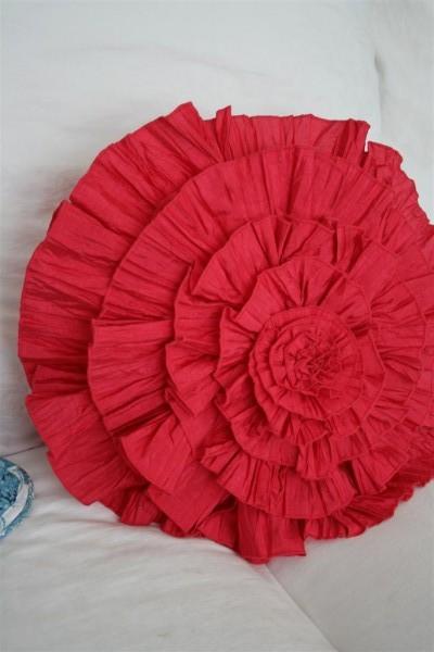 pink ruffle pillow