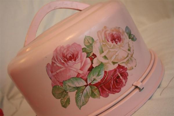 pink roses vintage cake holder