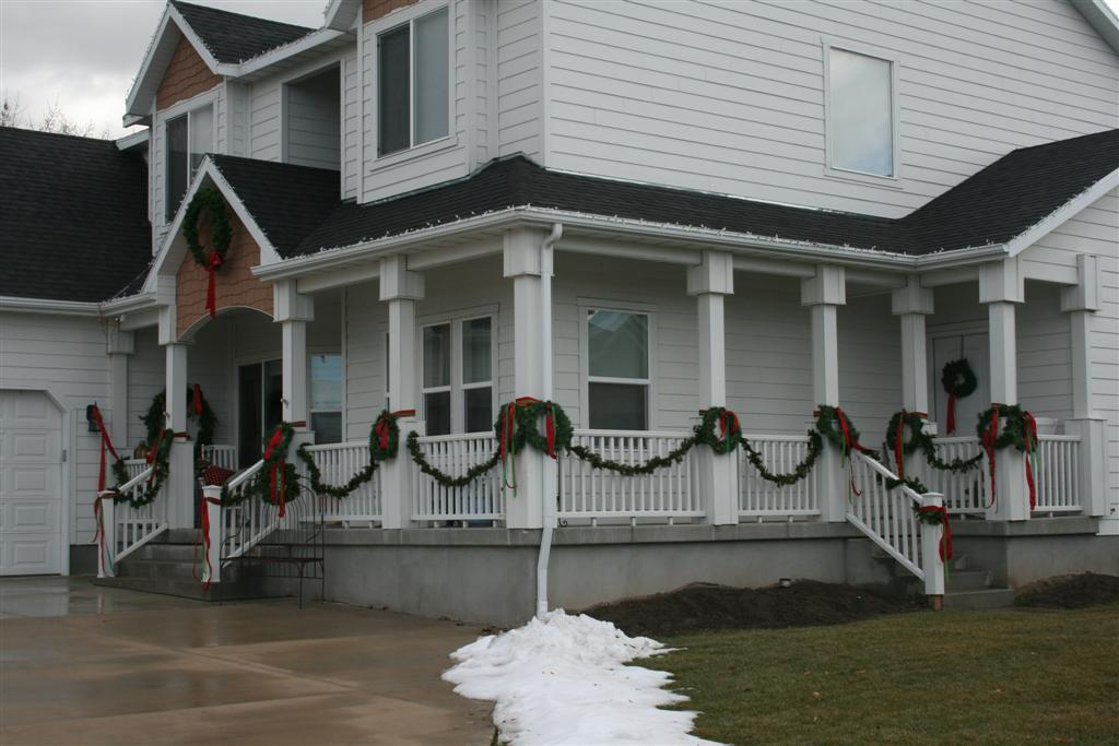 Deck the Halls... or the front porch, at least! - Hopeful ...