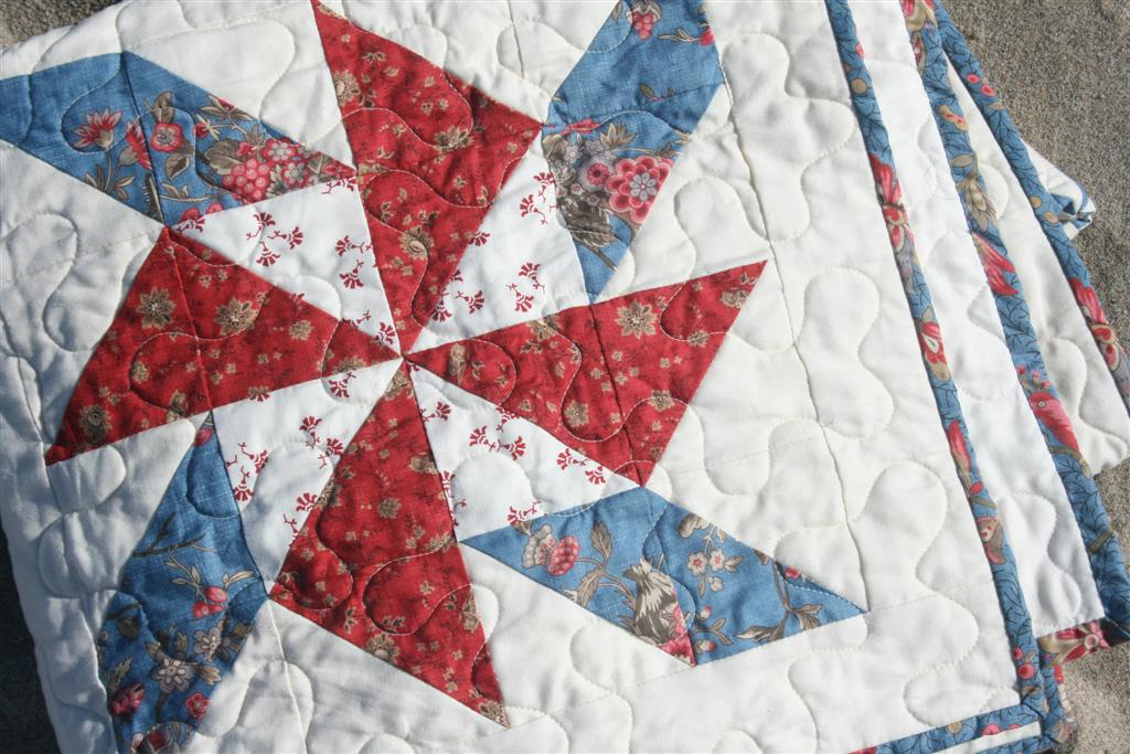 Red White and Blue Pinwheel Quilt - Hopeful Homemaker : red and blue quilt - Adamdwight.com