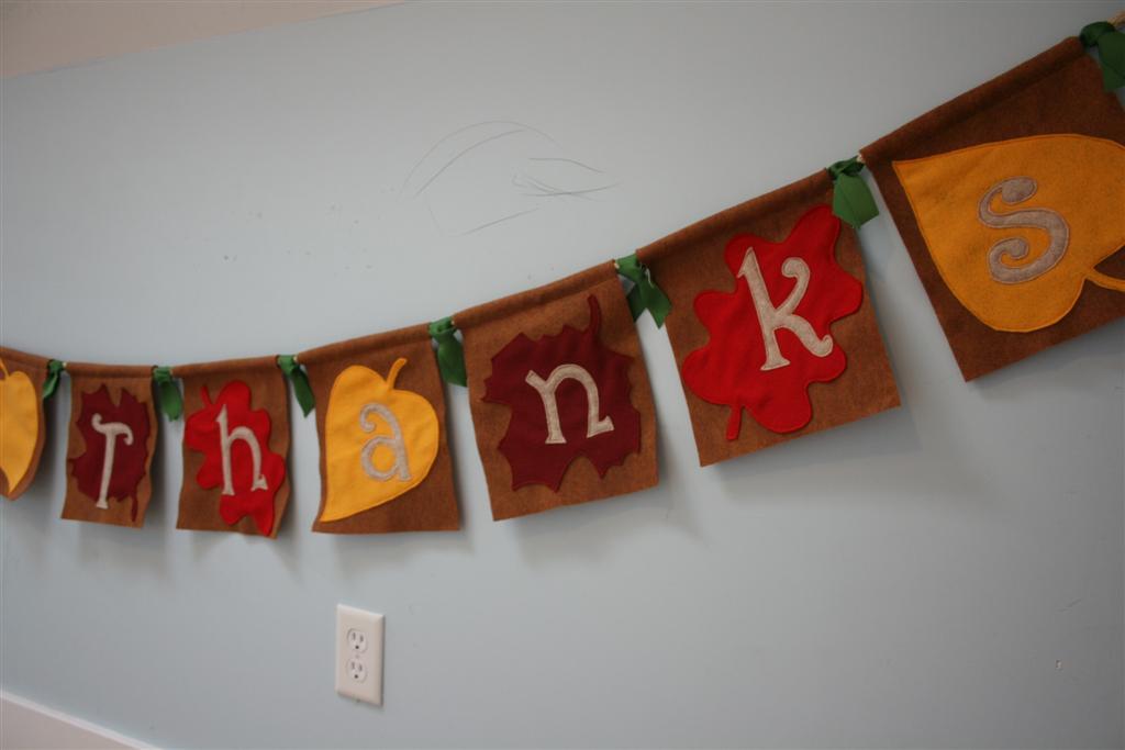 Give Thanks Banner Giveaway – Hopeful Homemaker